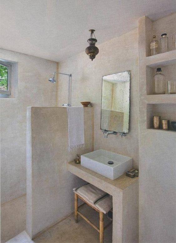 stěrka v koupelně