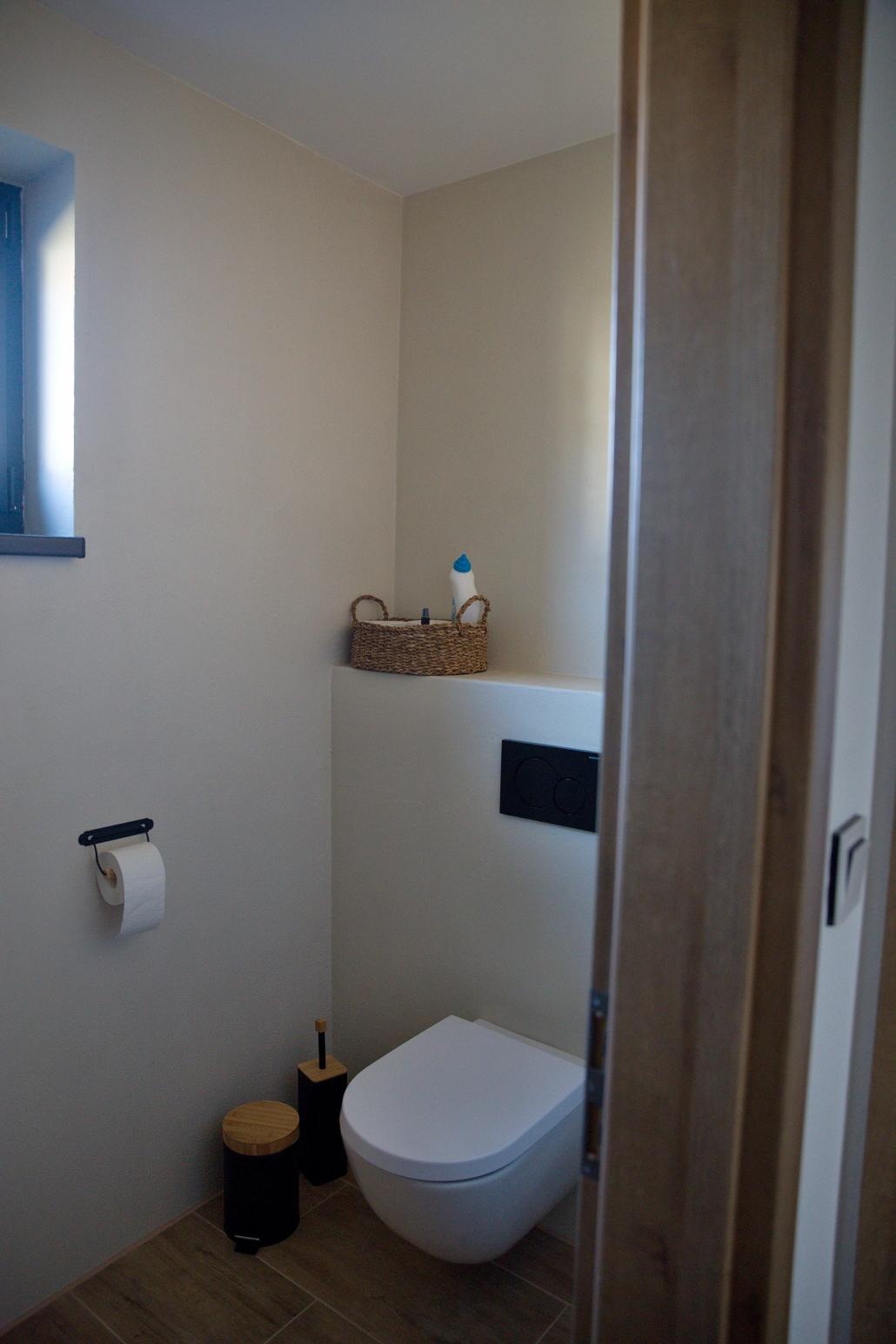 betonová stěrka na wc