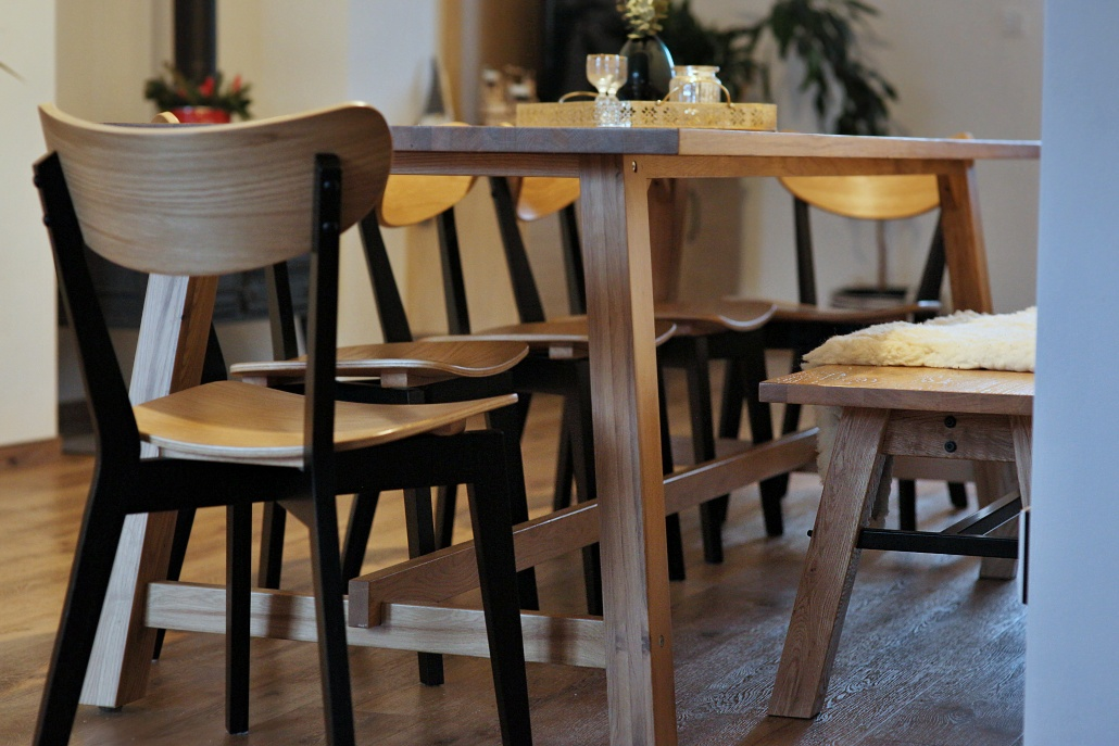 jídelní lavice